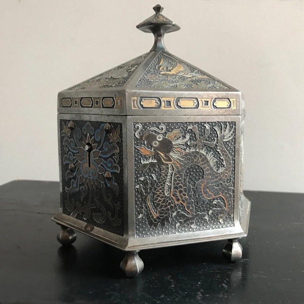 teremok_antiques_orientalist_casket_3.jpg