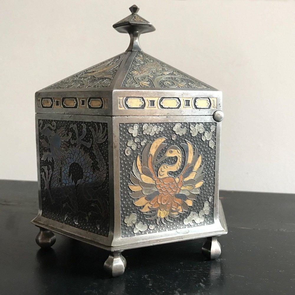 teremok_antiques_orientalist_casket_4.jpg