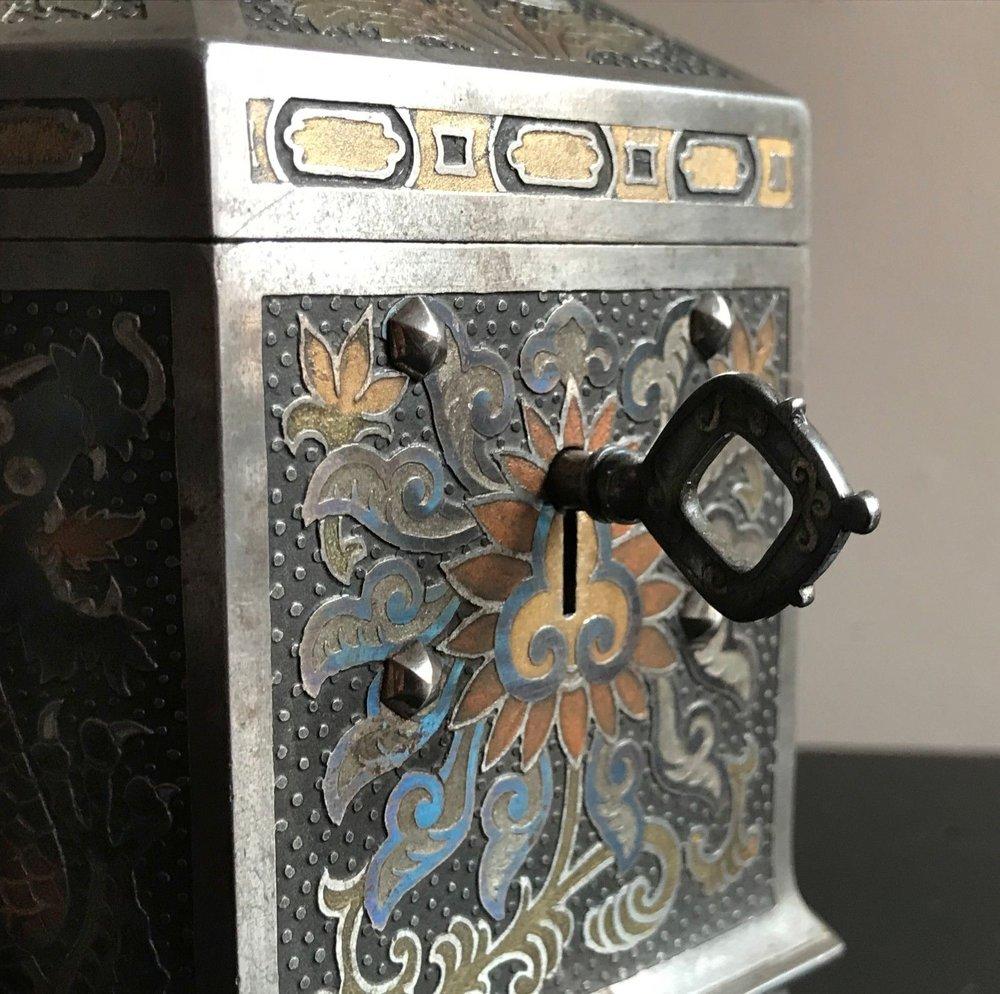 teremok_antiques_orientalist_casket_8.jpg