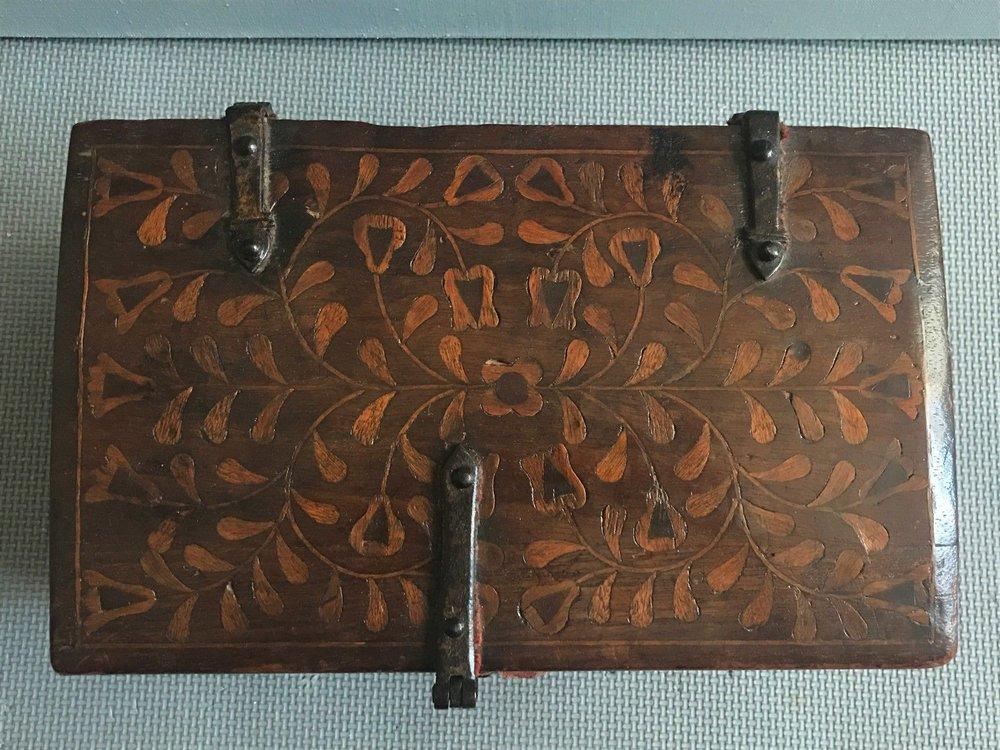 teremok_antiques_peru_casket_3.jpg