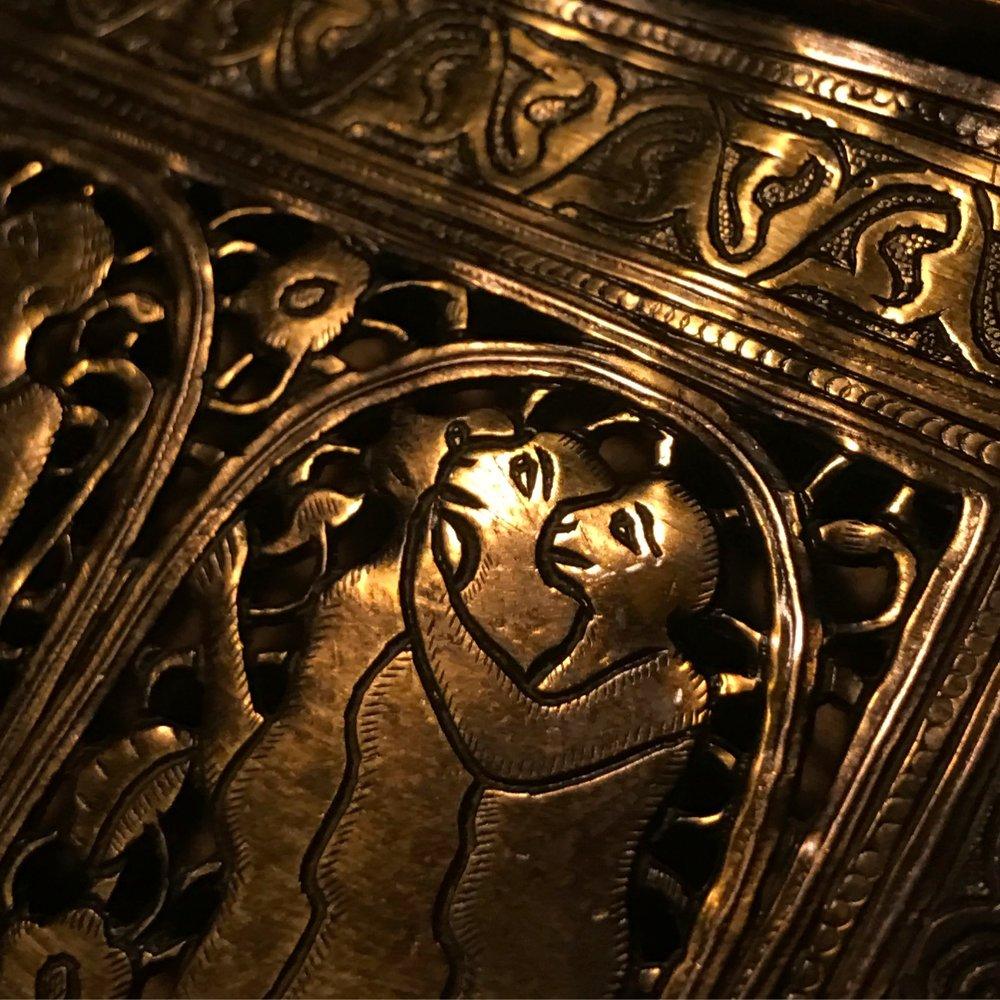 qajar_brass_casket_3.JPG