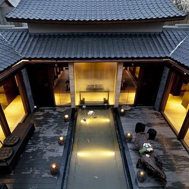 有一些美麗的東西必須親自去理解。我將前往中國親眼看看。🐉 #chinese #design #balance (photo not mine)