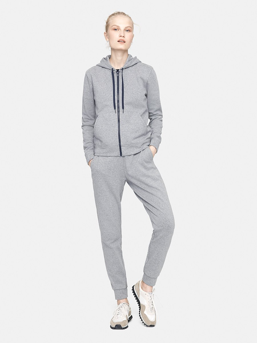Champ_Sweats_Grey_0003_V1_9bcf225c-ef56-4f54-8723-a87186db142f_2048x2048.jpg