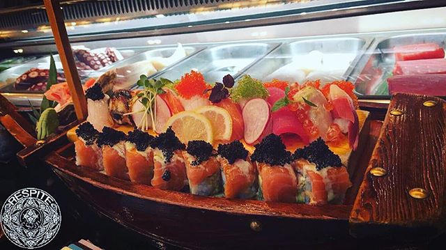 — another sushi feast at the best: #Sakura - - - - #sakura #jeddah #japan #ksa #sushi  #food #yum #instafood #yummy #amazing #instagood #photooftheday #sweet #fresh #tasty #foodie #delish #delicious #eating #foodpic #foodpics #eat #hungry #hot #foods #instagram #followme #dinner #photography