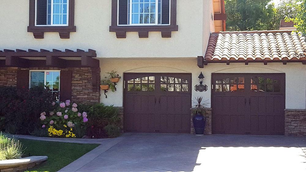 Pacific_Coast_Garage_Doors_install1