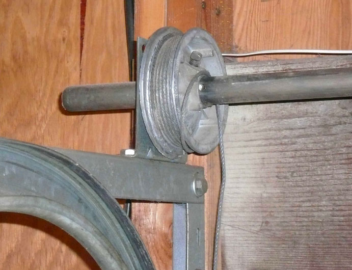 GARAGE DOOR Broken Cable