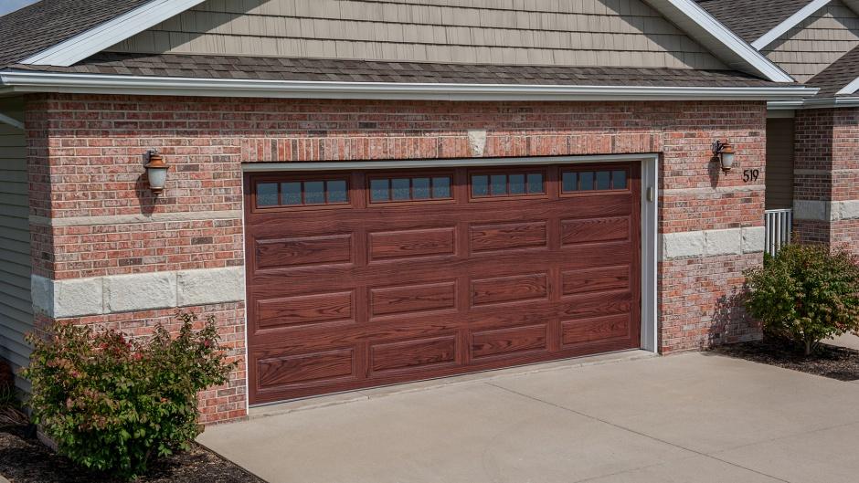 WOODTONE GARAGE DOOR