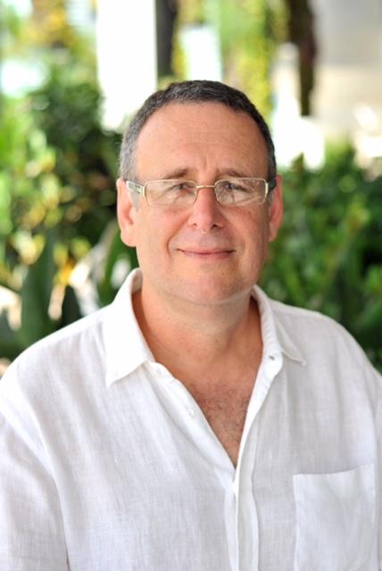 Dan Headshot 2015 .JPG