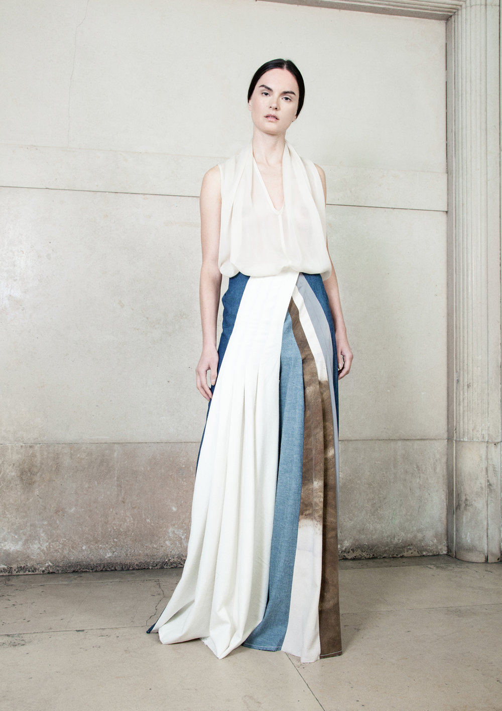 KATRIEN VAN HECKE  // BE     Modern artisanal luxury with a strong focus on hand dyed dresses using silk, wools and recycled blends and natural dyes.    Visit them.