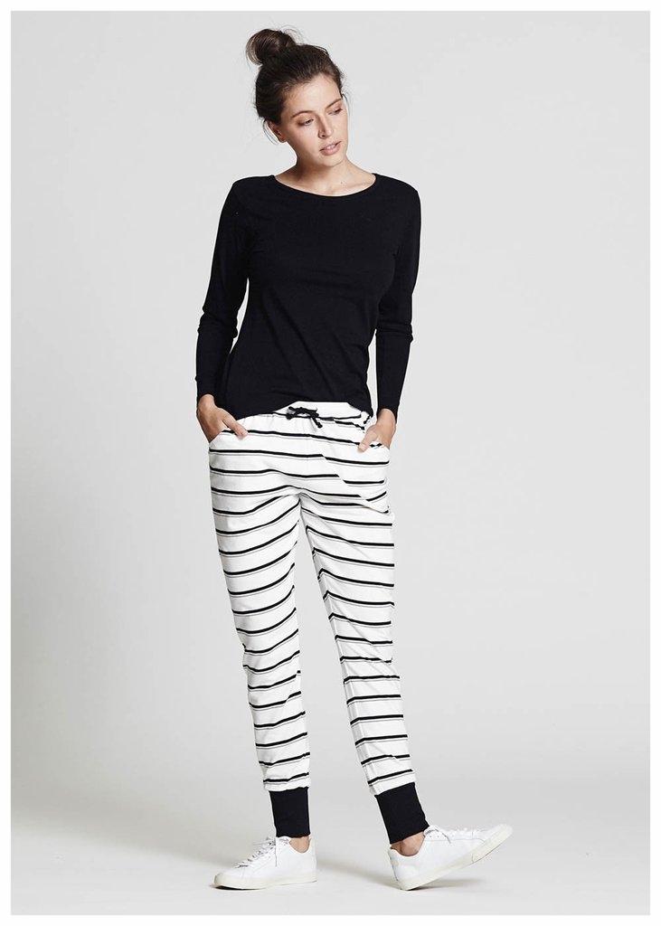 ALAS_Black_long_sleeve_tee_Stripe_jersey_pants_front_LORES_1024x1024.jpg