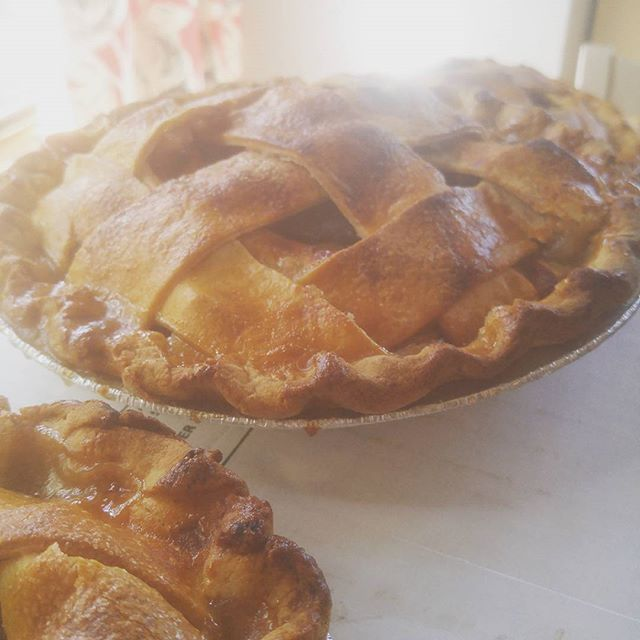 Save room for pie! See y'all at farmers market on Saturday. Tip: Early birds get the Marion berry. #farmhousepies #inbend #pie