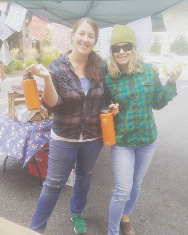 So me and my market neighbor thought it would be good to coordinate today. #inbend #greatminds #bendnutroasters #farmhousepies