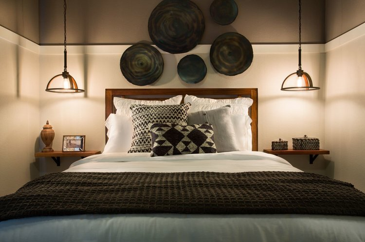 Hanging light fixtures as Bedside lighting-Bedroom by Linfield Design