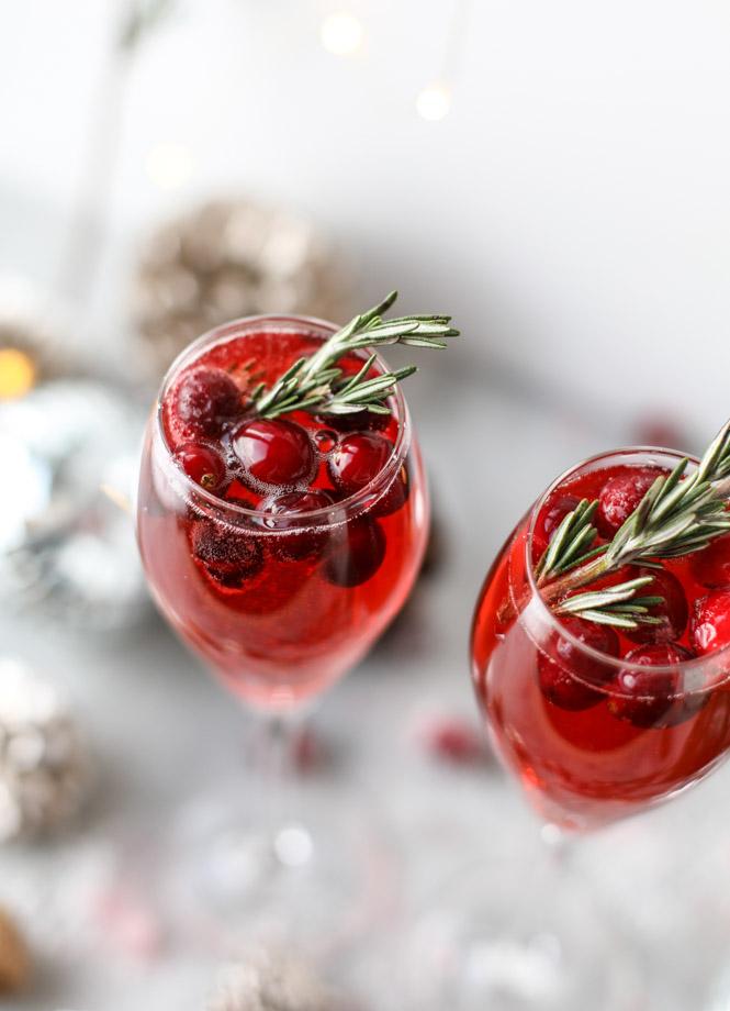christmas-morning-mimosas-I-howsweeteats.com-5.jpg