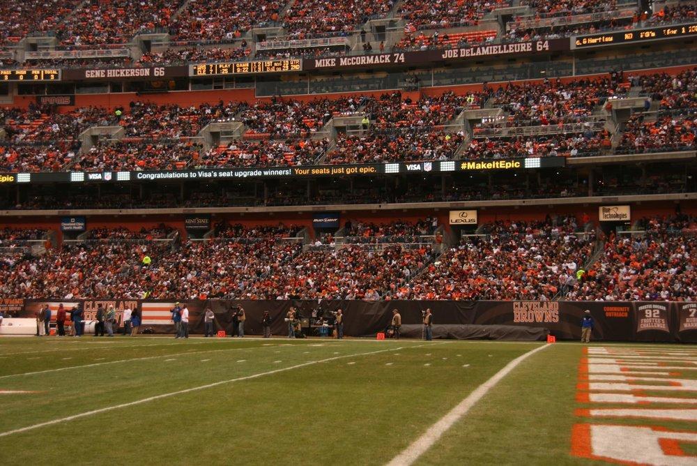 Visa - Cleveland Browns - LED.JPG