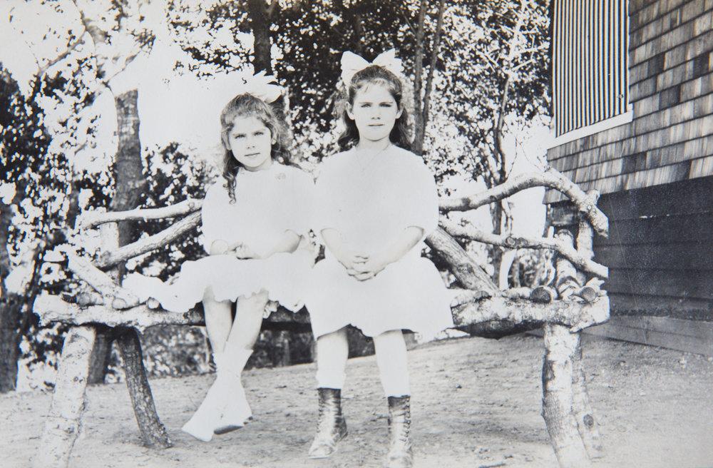 Marguerite and Helen Kohn