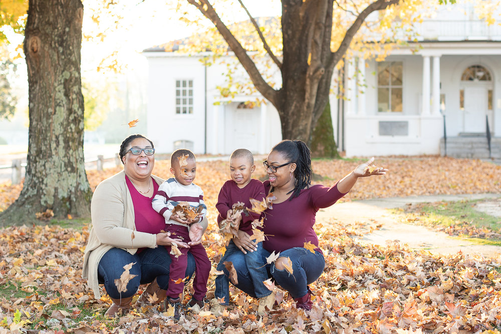 c  31-Lyn-Family-Portrait-Kim-Pham-Clark-Photography.jpg