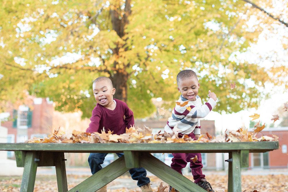 44-Lyn-Family-Portrait-Kim-Pham-Clark-Photography.jpg
