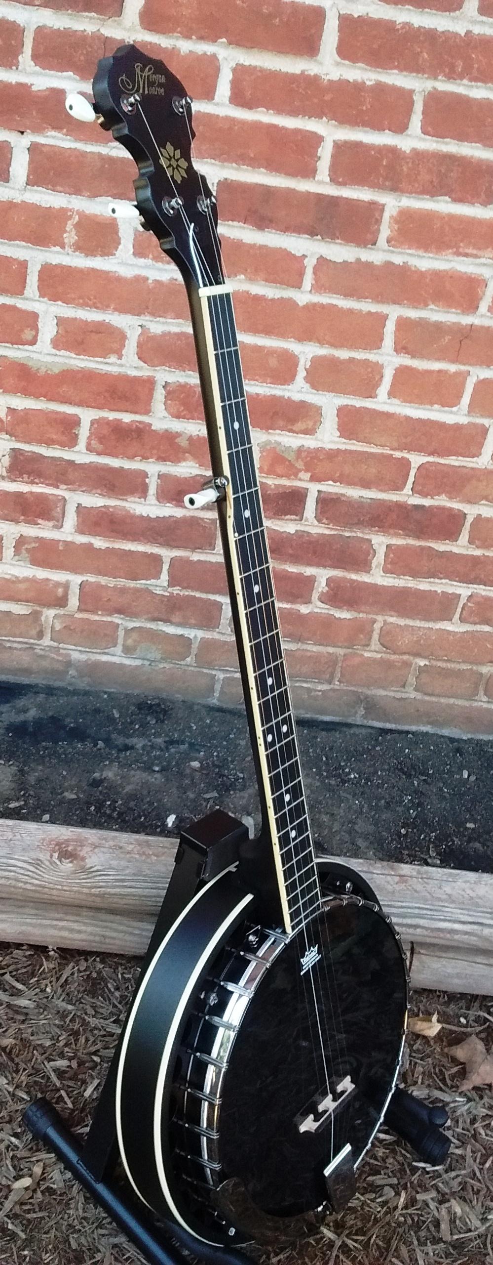 MB 75 BK - Black Banjo 1.jpg