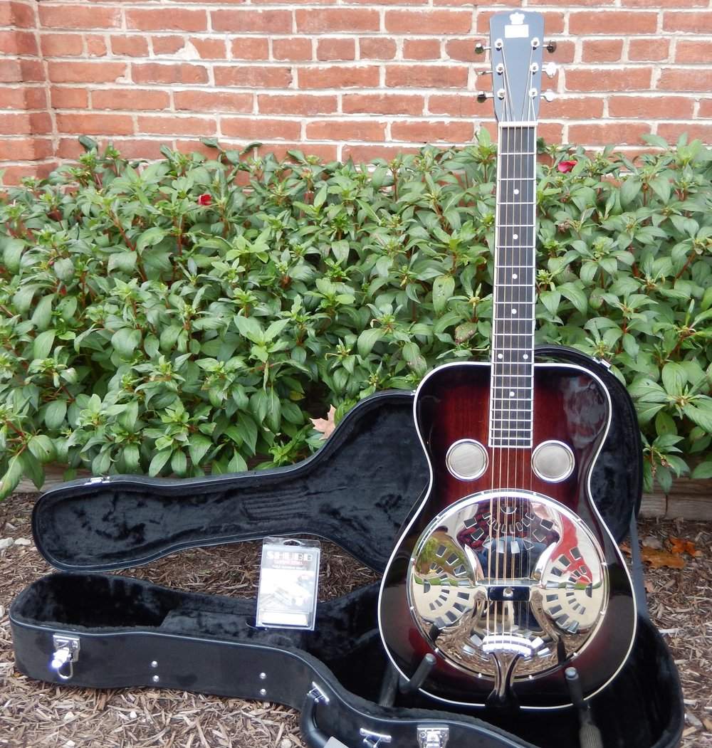 Friday Feature Special Package Discount! Includes: Recording King RR-60-VS Professional Wood Body Squareneck Resonator Guitar, Deluxe Guardian Archtop Hardshell Case (CG-022-SQ), and Shubb SP-2 Stainless Steel Guitar Slide. Retail Price regularly over $850, but you can get it all this weekend for only $599.99!!!! Don't miss it!