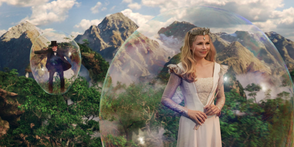 Oz-The-Great-and-Powerful-Michelle-Williams1.jpg