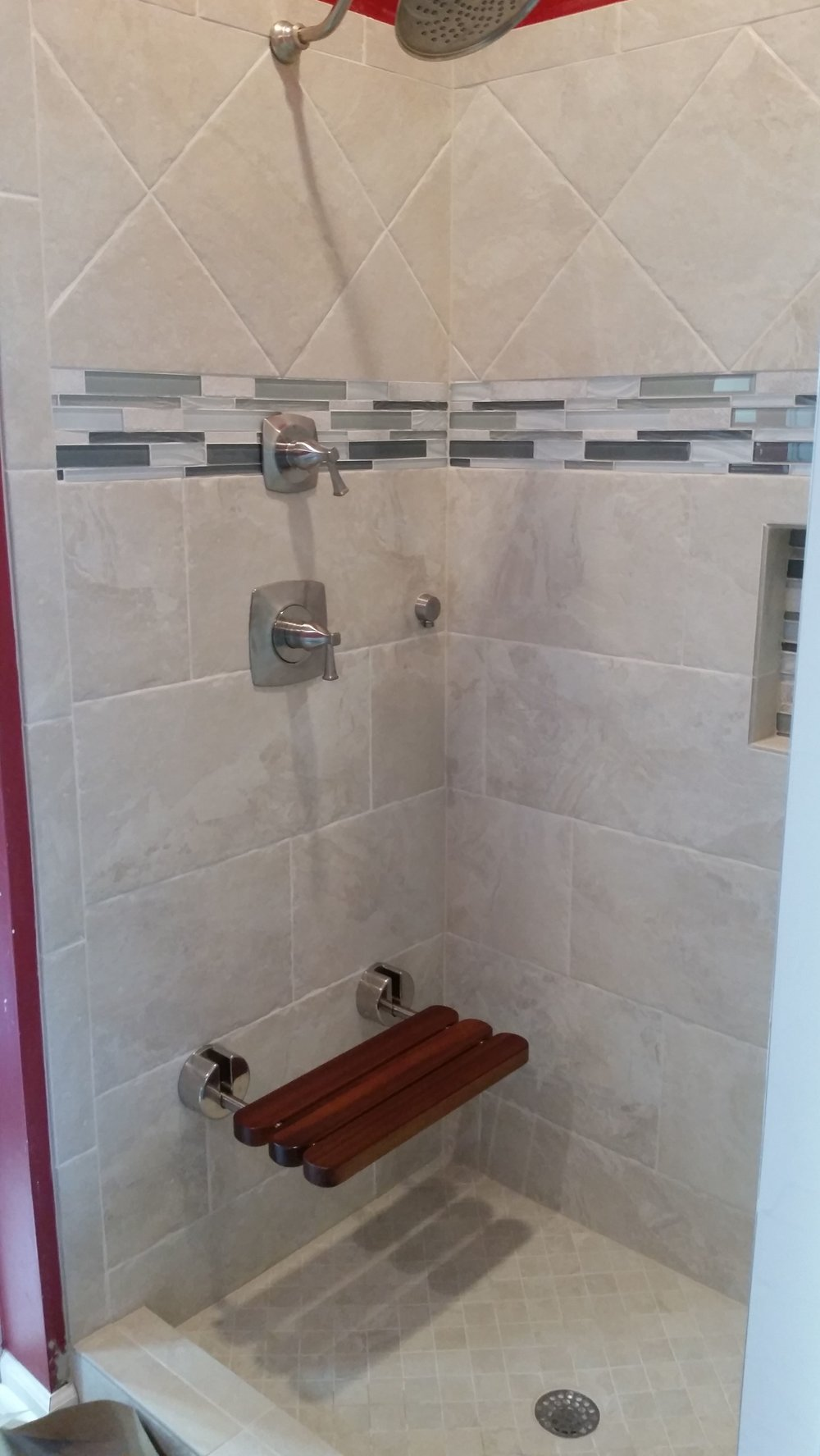 Tiled Shower & glass tile accents