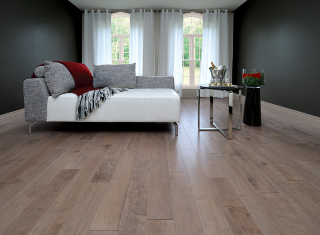The look of wood for your bedroom