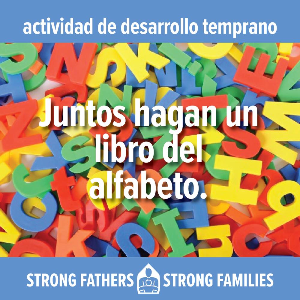 Juntos hagan un libro del alphabeto.