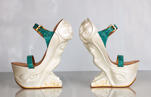 RUDOLF SOKOLOVSKI Queen Sculpture - High Heels Pearl White Hand made form Fiberglass Resin & Premium Leather 7 Inch Rise Size 8 US