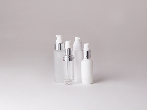 Cosmetic-Pumps-Serum-Treatment.jpg