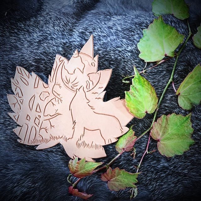 "🍁Howling leaf🍁 : ""....The wolves knew when it was time to stop looking for what they'd lost, to focus instead on what was yet to come...."" : This is the beginning of the wolf leaf hair slide it's the 3rd step in a million to creating the finished product but I love how fresh cuts look! : 🖤🍁🖤"