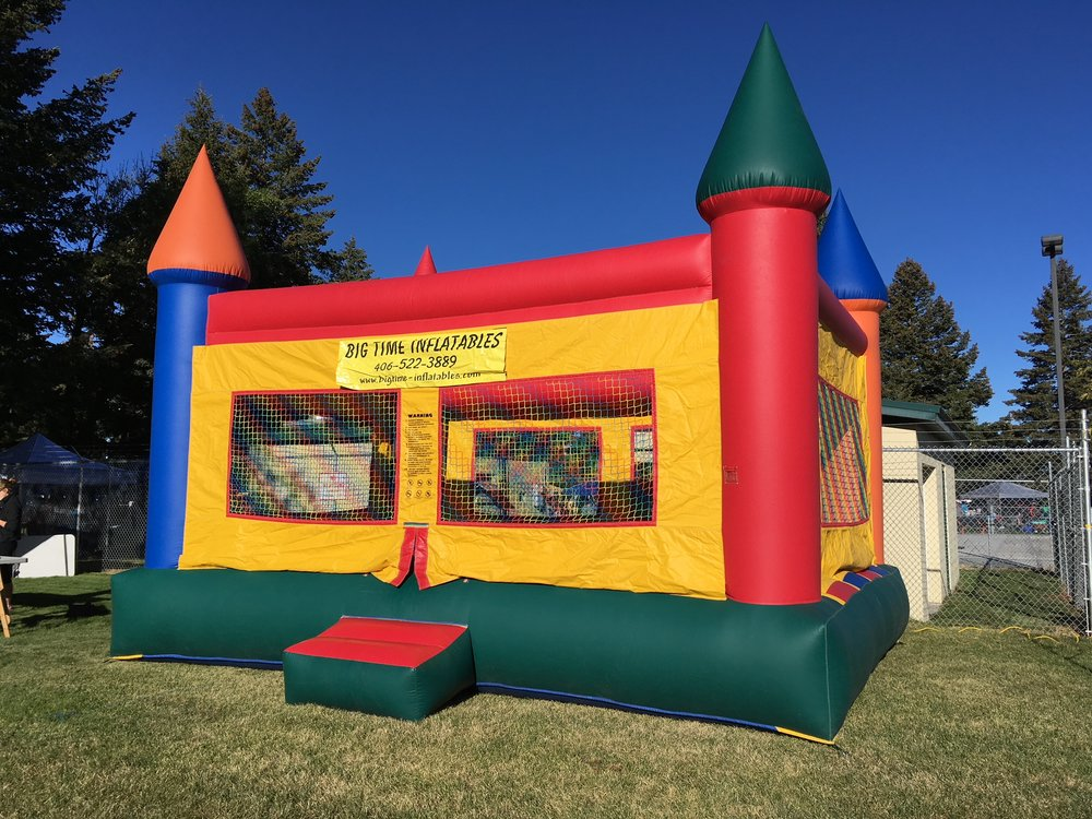 Giant Castle Bounce House Rental