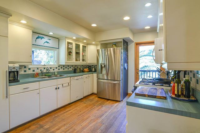 Kitchen hidden away in the beautiful scenery of Topanga.