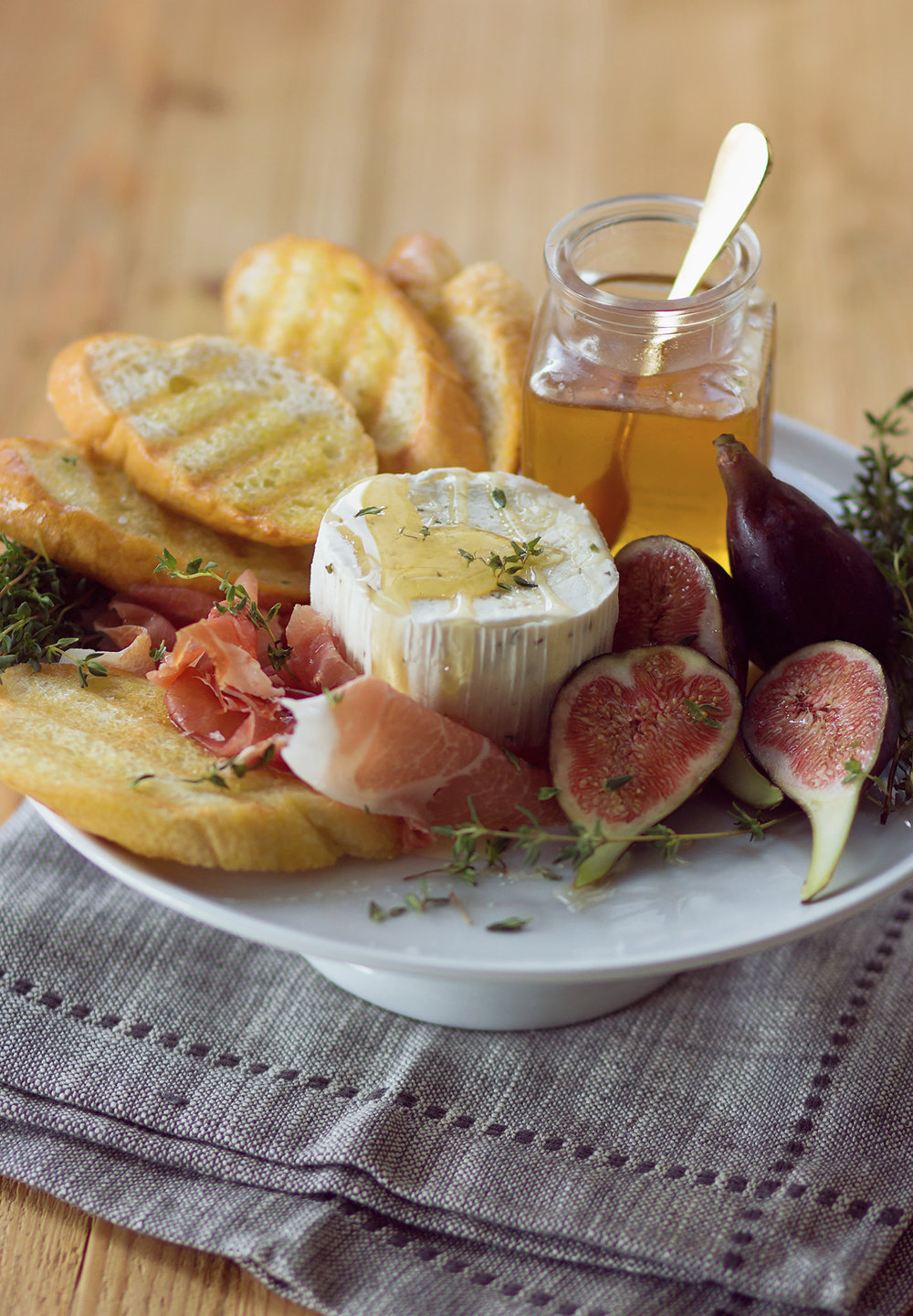 boursin-fig-cheese-plate.jpg