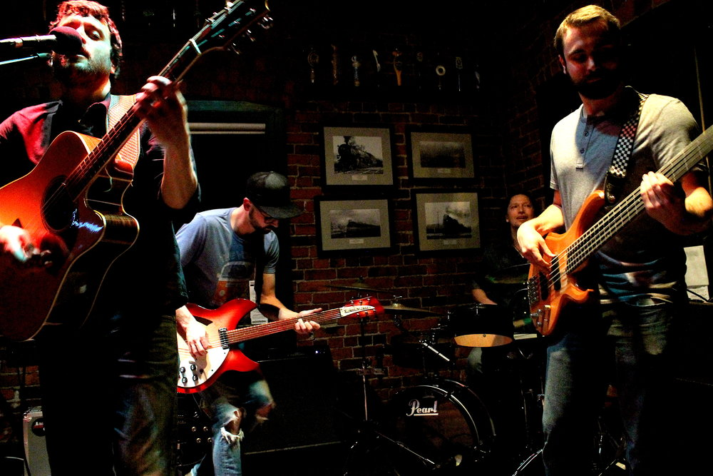 Full Band III Spar Tavern 4:18.JPG