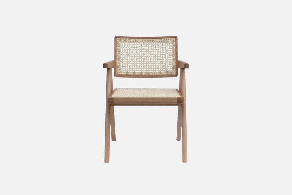 02_Cadeira-de-Madeira.jpg