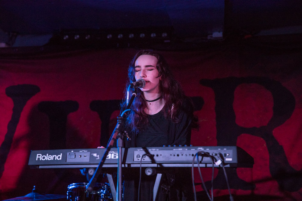 Lynsey Ward of Exploring Birdsong live at FAC251 in Manchester on February 9th 2018