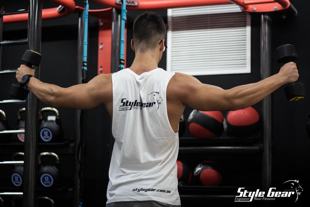 marcello deltoide raise con logo SG.jpg