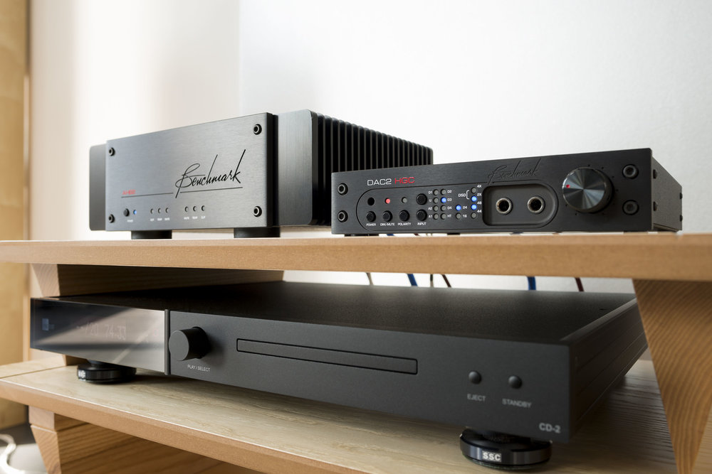 Benchmark AHB2 Amplifier and DAC2 HGC