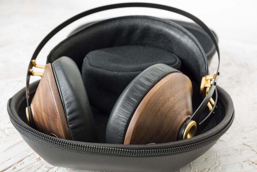 meze_99_classics_headphone_001.jpg