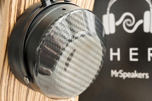 "<a href=""/hifi-headphones-and-portable-audio"">HEADPHONES</a>"