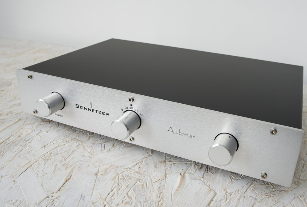 ALABASTER INTEGRATED AMPLIFIER   £1,500 - £1,700
