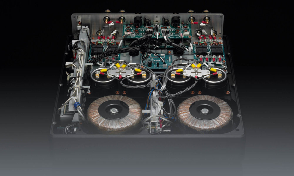 M2500 MK2 Power Amplifier