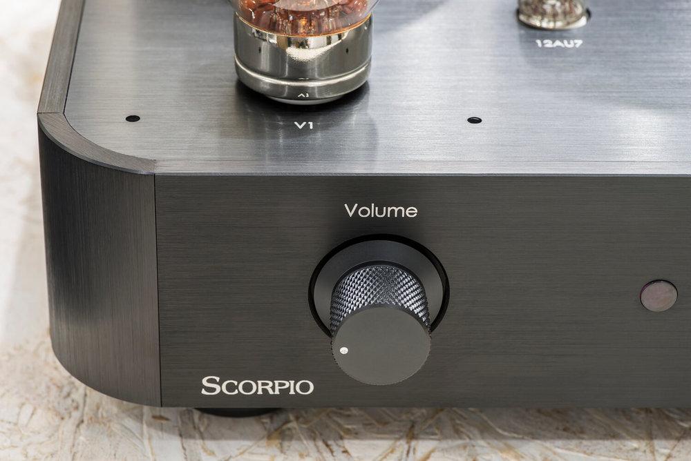 ayon-ayon-scorpio-integrated-amp-12.jpg