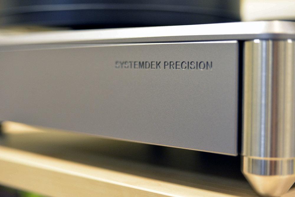 1-art-loudspeakers-systemdek-6-small.jpg