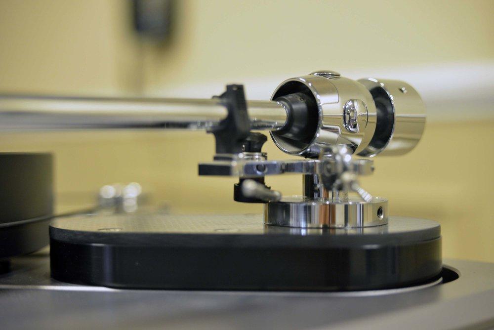 1-art-loudspeakers-systemdek-small.jpg