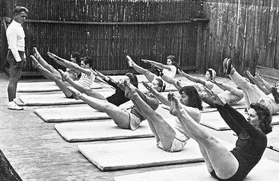 joseph-pilates-teaching.jpg