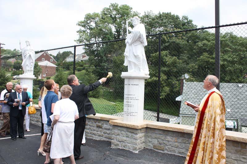Statue Dedication.August 15.2010 054.jpg