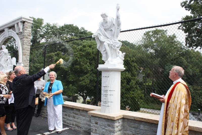 Statue Dedication.August 15.2010 065.jpg