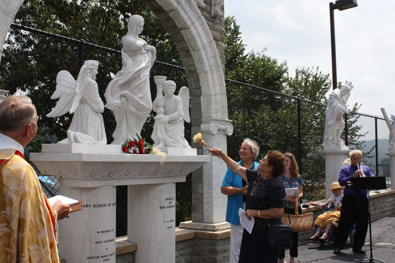 Statue Dedication.August 15.2010 096.jpg